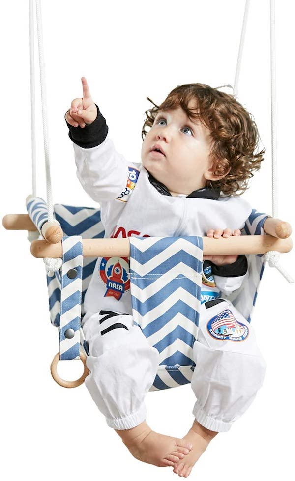 The Best Outdoor Baby Swings- Our Top 8 Choices