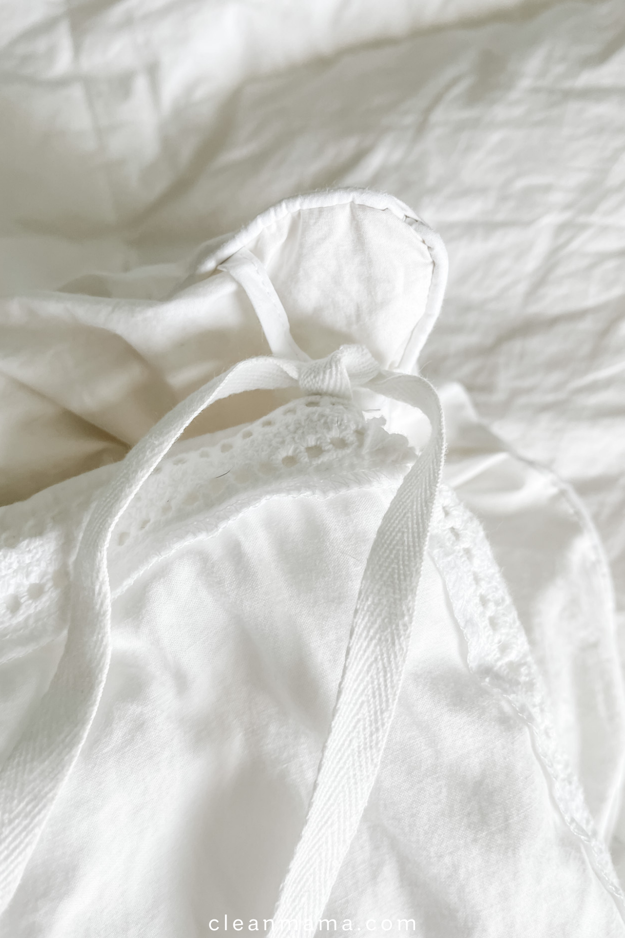 How to Insert a Duvet into a Duvet Cover – Clean Mama