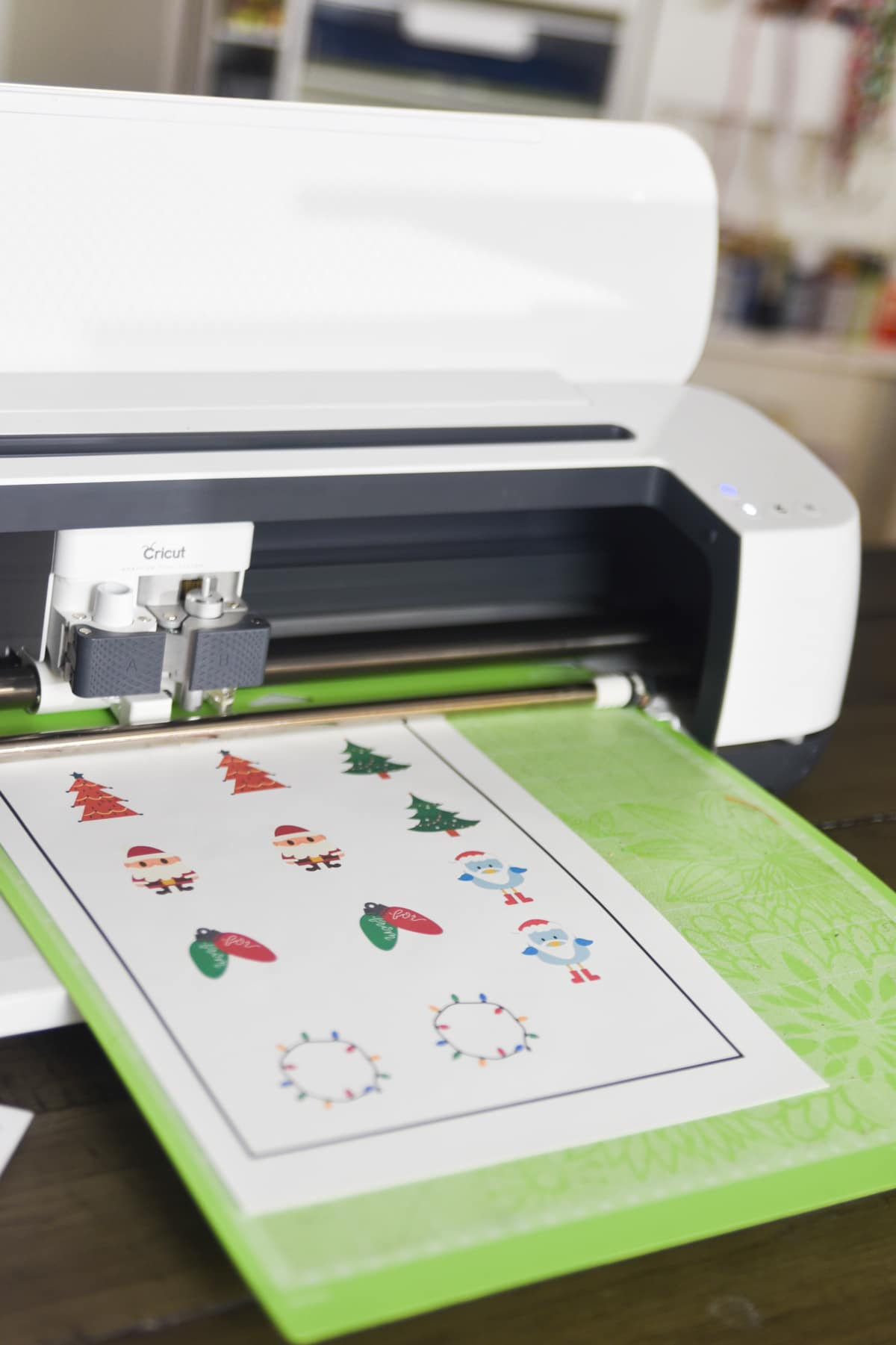 The Ultimate Guide to Cricut Print and Cut: Tips, Tricks and Troubleshooting
