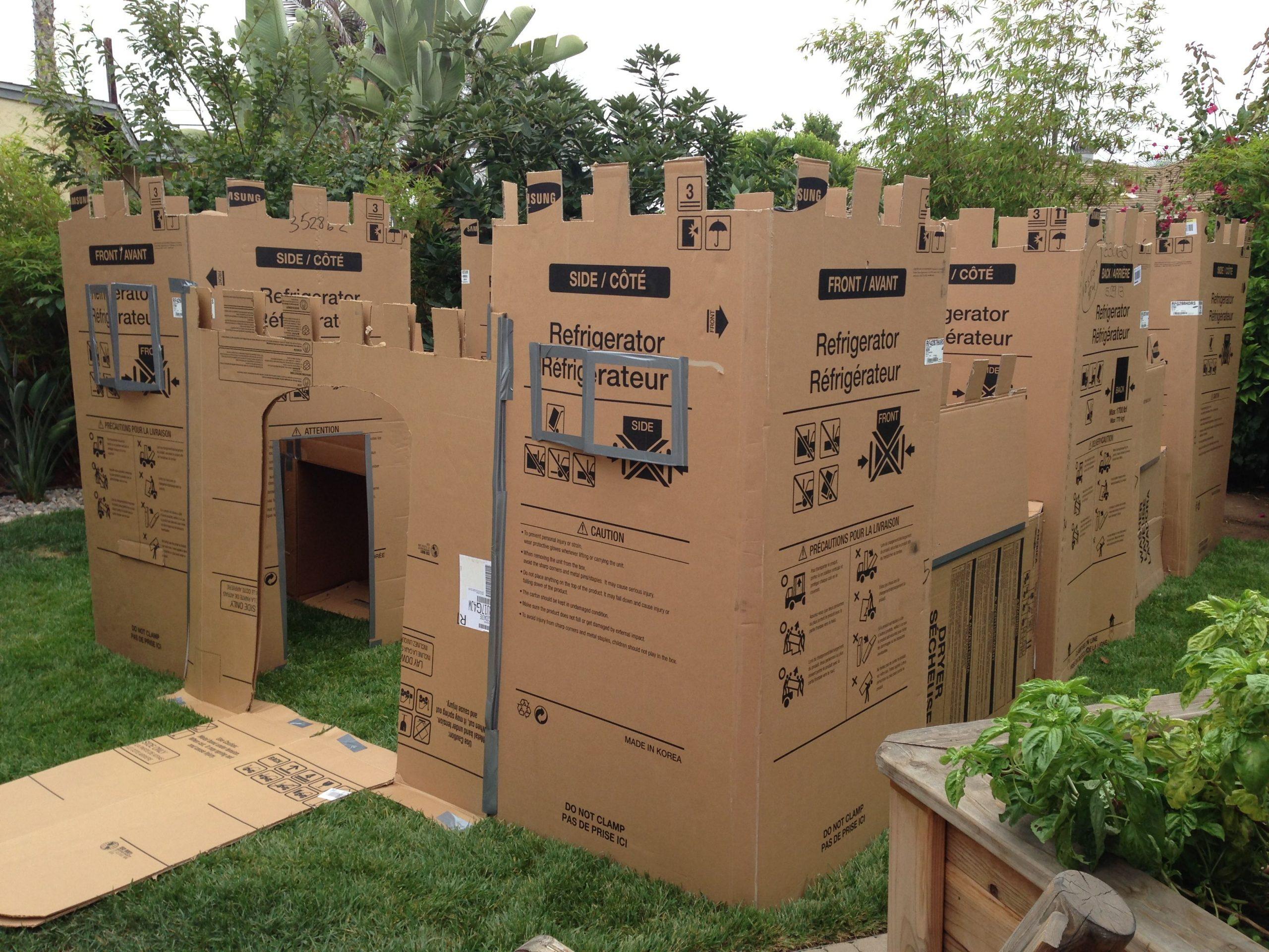 Day 42 - MEGA Cardboard Forts {100 Days of Summer Fun}