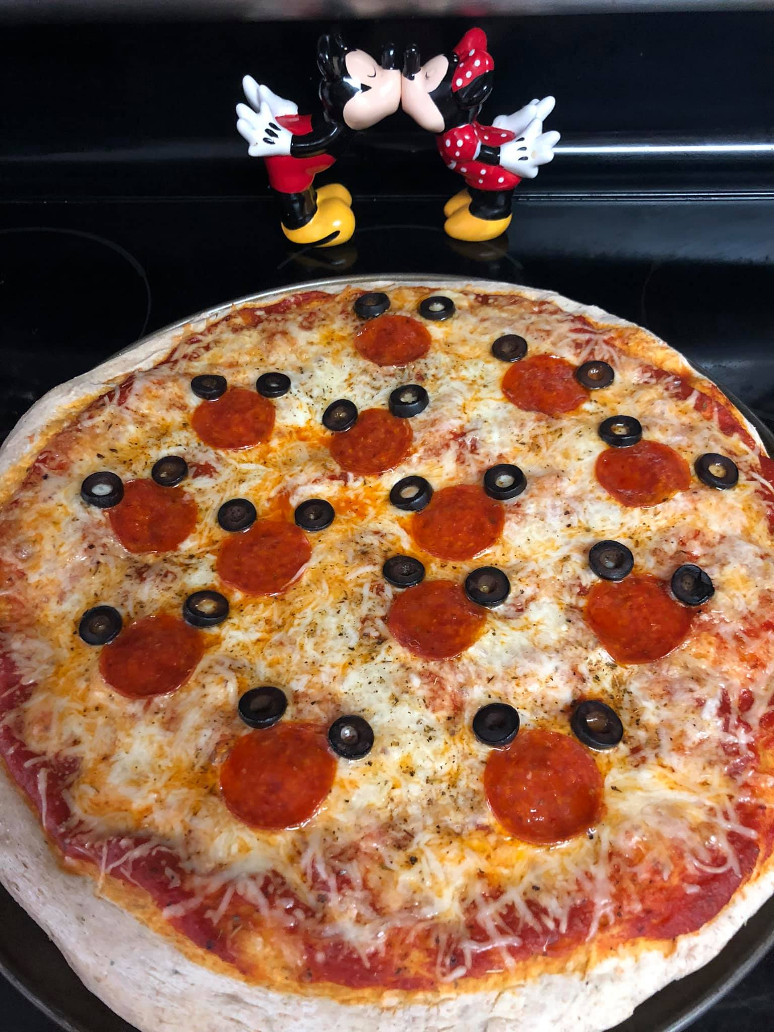 Day 43 - Homemade Pizza {100 Days of Summer Fun}