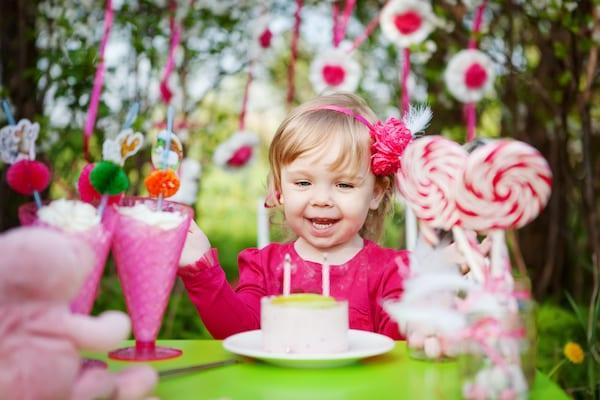 5 Cheap(er) 3rd Birthday Party Ideas + Tips