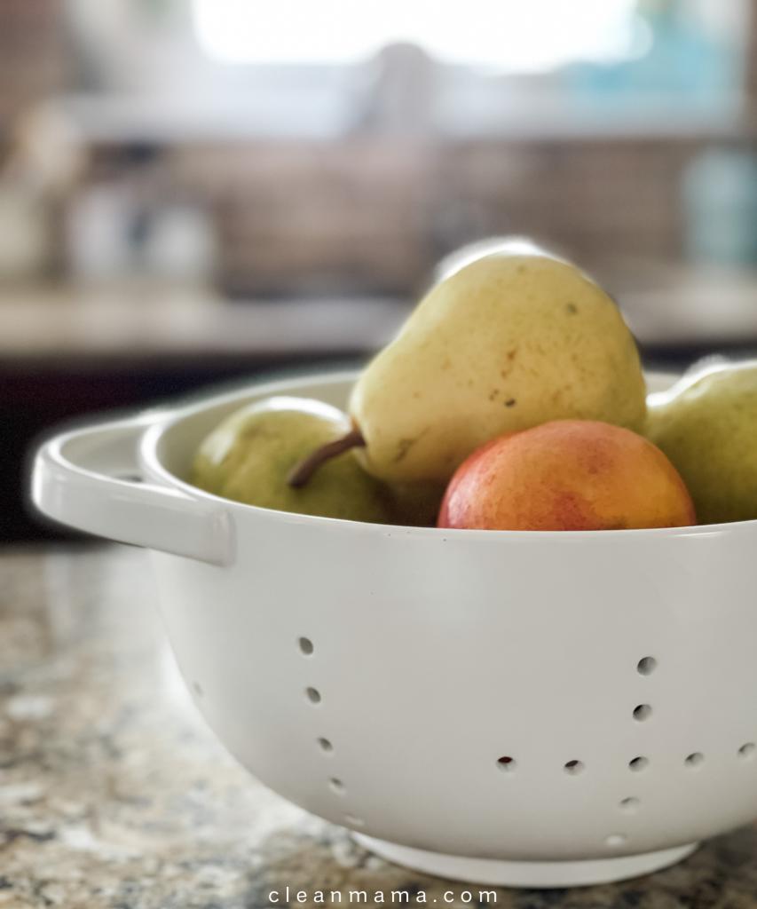 Quick Tip : Use a Colander for Fruit + My Favorites
